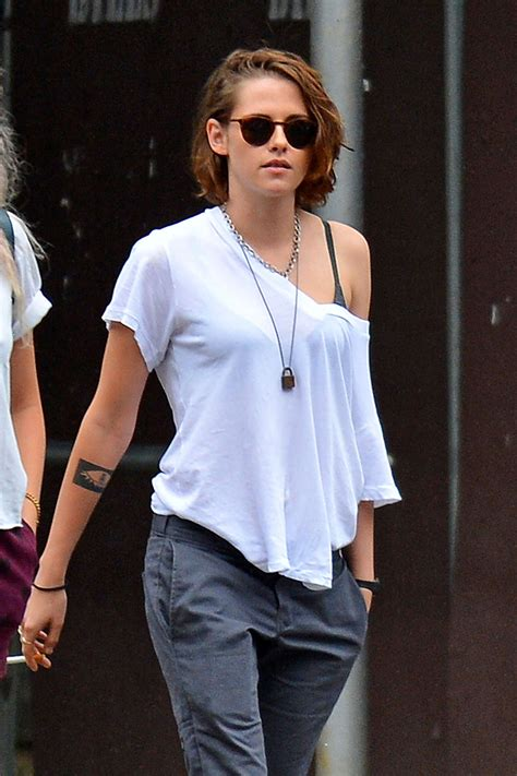 Kristen Stewart out and about in New York   GotCeleb